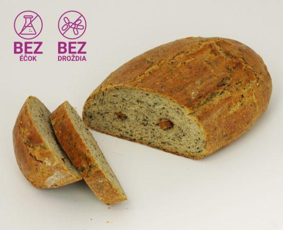 kvaskovy-chlieb-s-medvedim-cesnakom